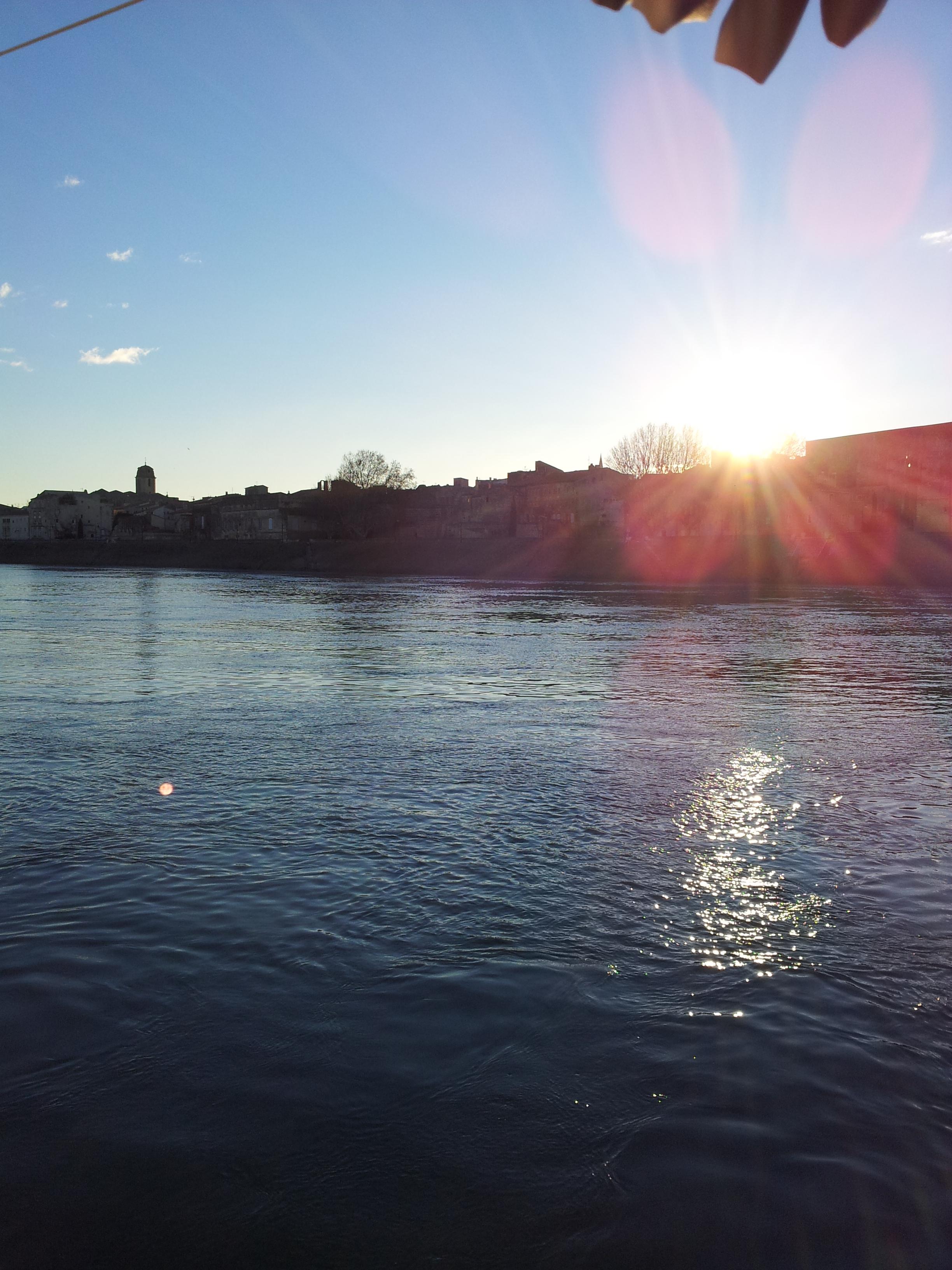 Vue sur le Rhône depuis la Péniche